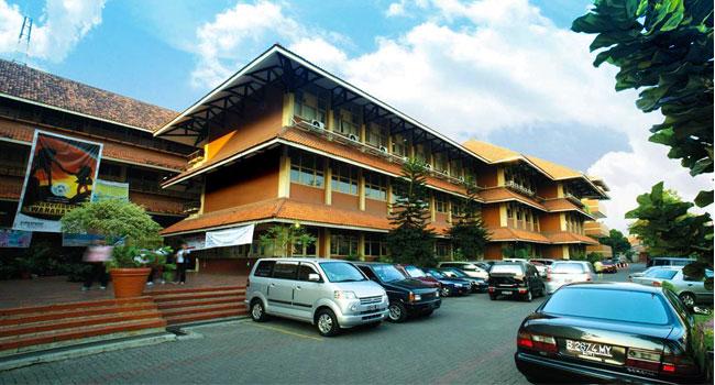 syahdan-campus